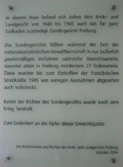 (Gedenktafel im Erdgeschoss des Amtsgerichts - Holzmarkt 2 – Freiburg)